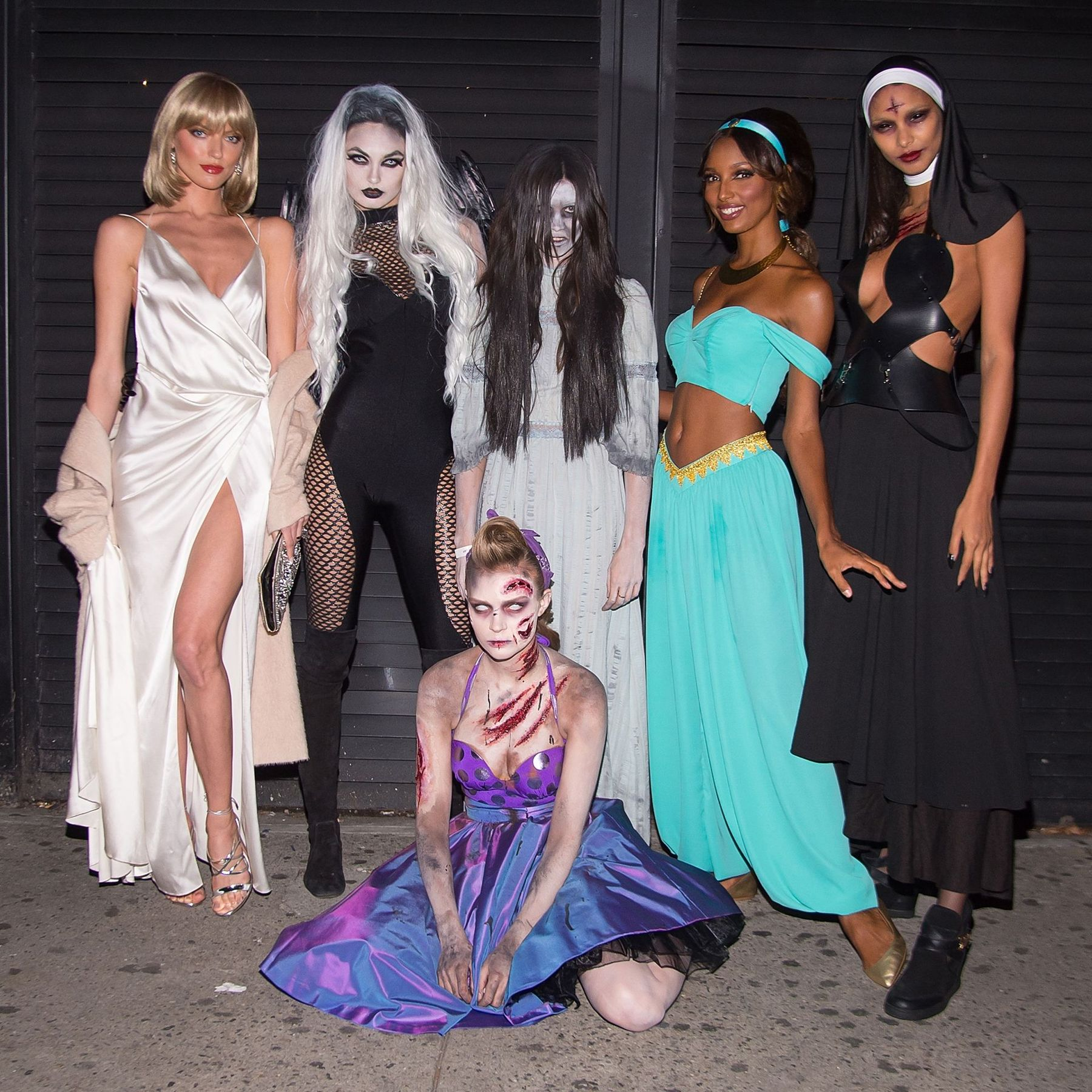 Frightfully good #Halloween costume inspiration from the @VictoriasSecret Angels: https://t.co/6d0ftMkeaU https://t.co/0bWWuSyXeH