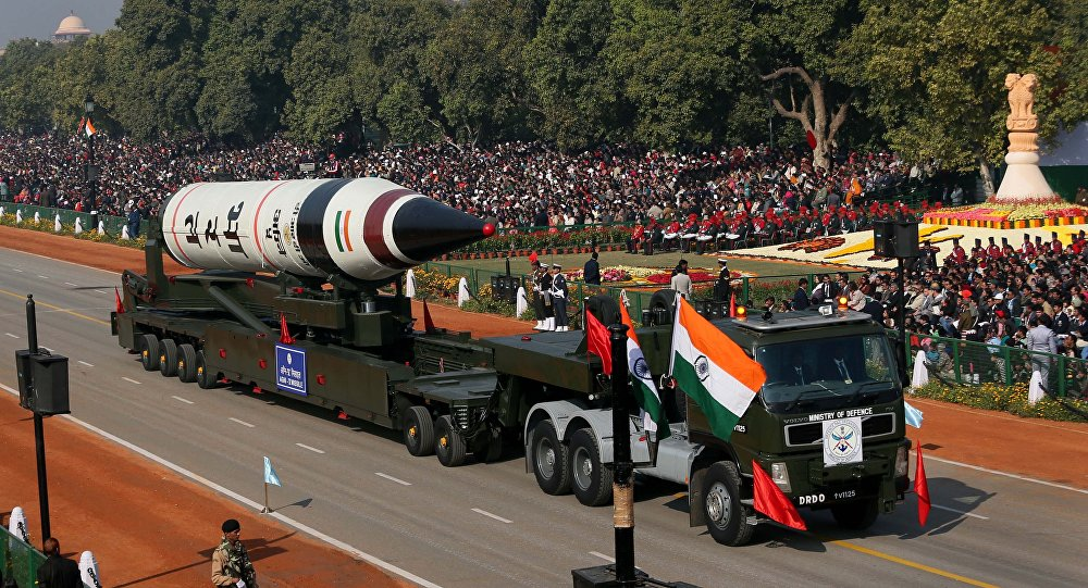 Rússia e Índia reúnem Forças Armadas para exercícios pela primeira vez https://t.co/dMpSLVoCg2