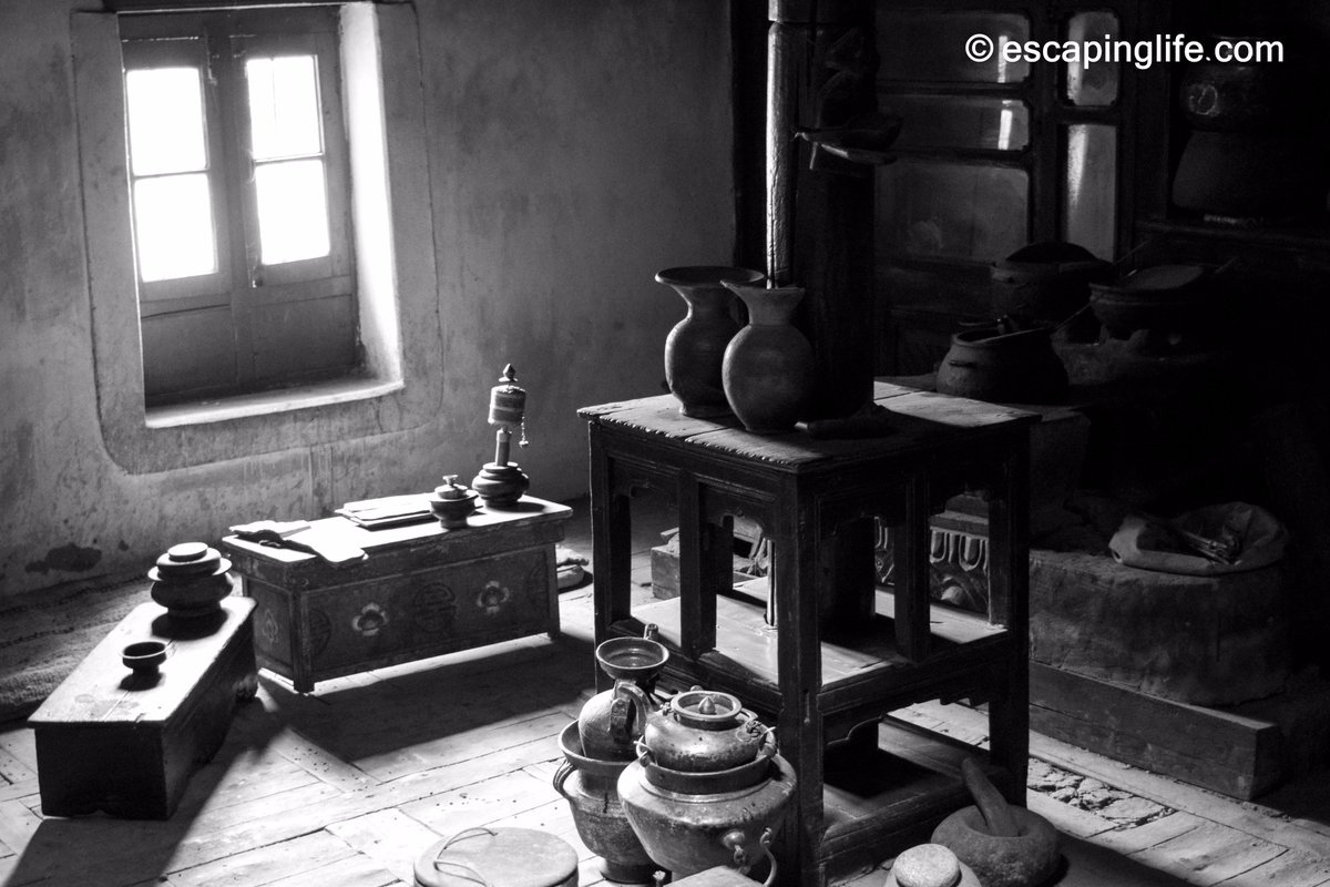 Memories of a bygone era. The Gyap Thago Heritage Home in Stok, #Ladakh #EscapingLife #India<br>http://pic.twitter.com/3J8oBozMUj