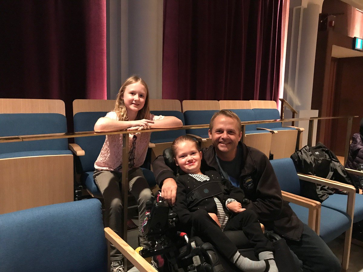 Grateful to @CalgaryPhil Heart Strings for donating tickets for wish families!  Michaela, Michael &amp; Jordan had so much fun! #yyc #orchestra <br>http://pic.twitter.com/2Wj7qXqJm6