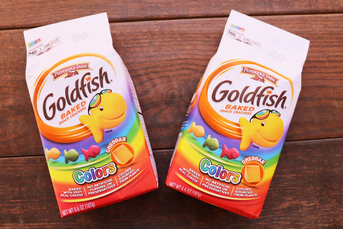 Did you know the green goldfish color is from watermelon? Find out where all the colors come from!  https:// ooh.li/5c1173e  &nbsp;    #AD #Fruit #Kids<br>http://pic.twitter.com/OPryb0rrZ2