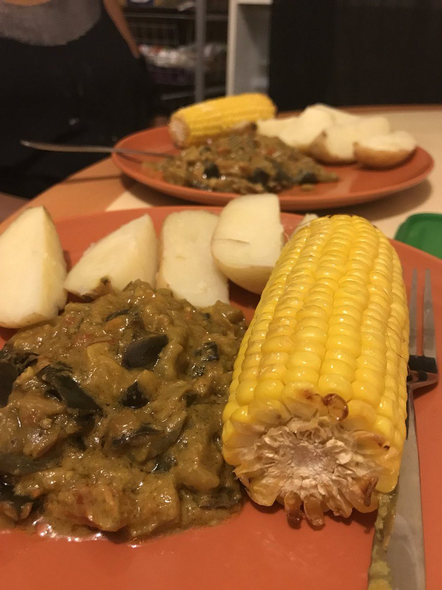 About last night: @KweenGz's #vegan twist on staple #Ugandan dish, 'Irish' - peanut butter eggplant stew, potatoes and corn. Home cooking  <br>http://pic.twitter.com/amRit5GFxw