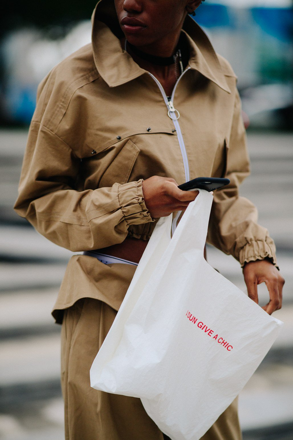 See what the cool kids in Shanghai are wearing for fall: https://t.co/8udRmufoeV https://t.co/vRwSmMpiFa