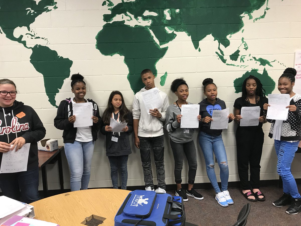 When you are a rookie and score a hundred on a TRF or two... #psyched #coolin #lit #bossmode #wegotthis #AVID #AVIDscholars #collaborative<br>http://pic.twitter.com/sw1zYAf6Uo