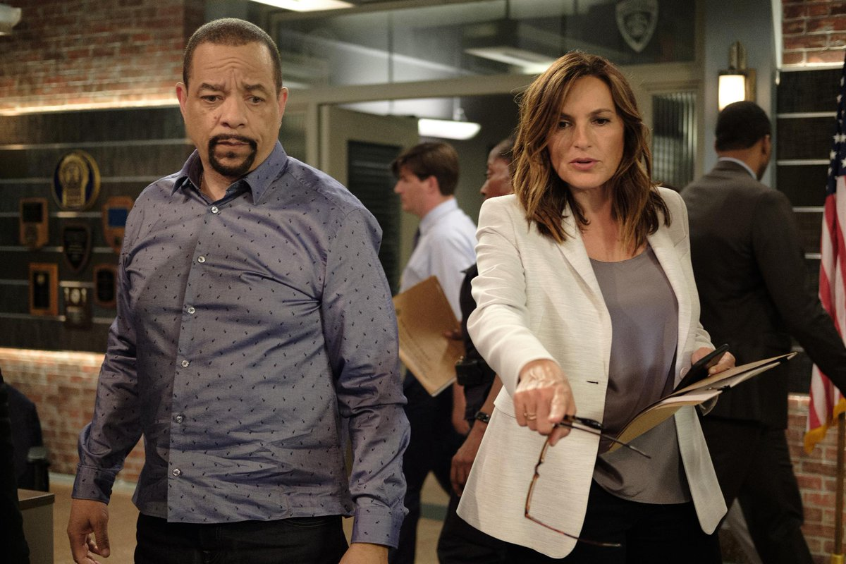 Who's the Fin to your Benson, #SVU fans? https://t.co/xVF1YsPtq4