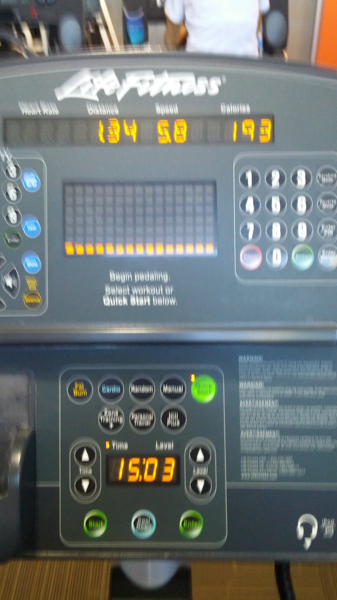 Wait...did I just jog for 15 minutes on the elliptical?! Haven&#39;t reached this goal for years! #authorslife #fitness #selfcare<br>http://pic.twitter.com/QQp4dgU0Yx