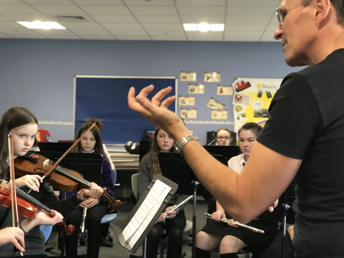 Fantastic experience for @YsgolBaeBaglan @BaeBaglan pupils today. Mark Eager conducting #orchestra prep for next week - #Concert #Tue<br>http://pic.twitter.com/aTmGVegP64