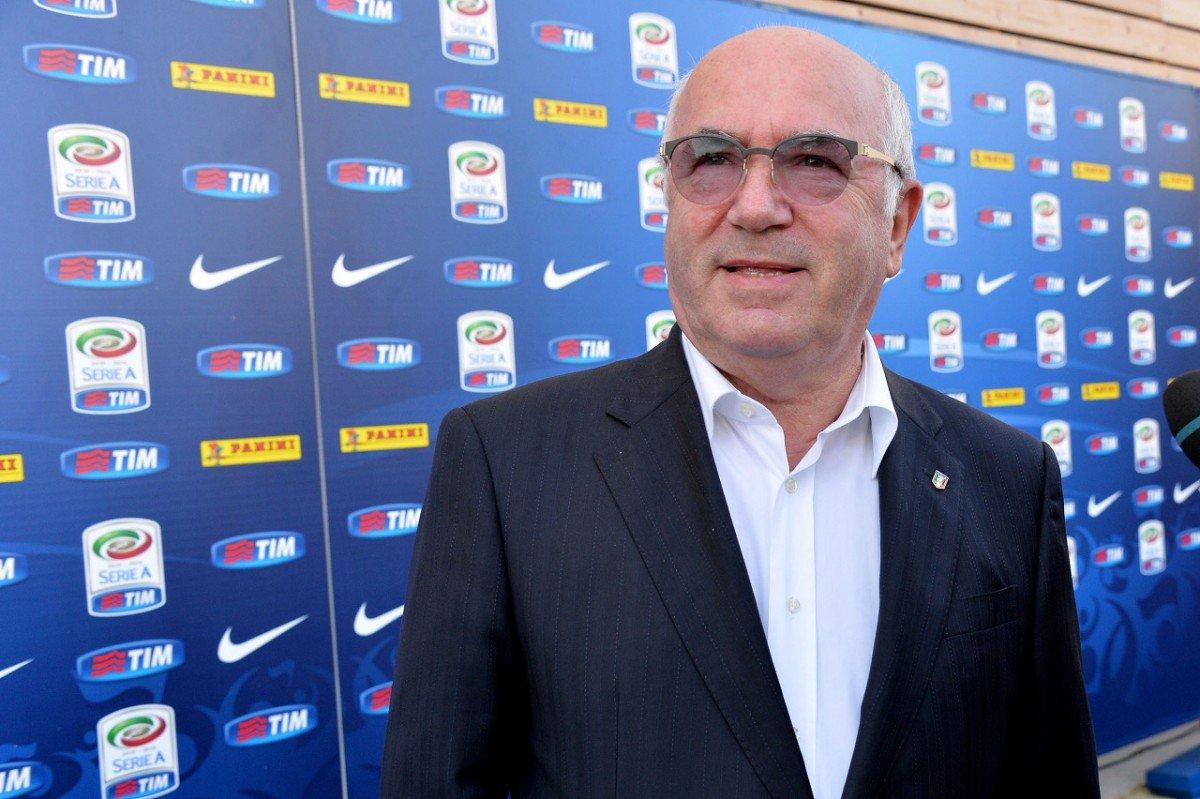 """Tavecchio annuncia: """"Approvati 4 stage per la nazionale, Ventura accontentato"""" - https://t.co/Hsmp0XfOte #blogsicilianotizie #todaysport"""