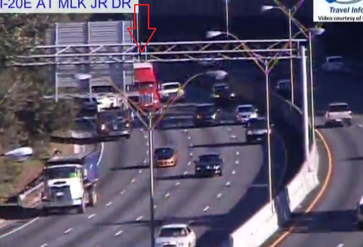 Fulton Co: Stalled Tractor Trailer...I-20/wb at Martin Luther King Jr Drive. Right center lane. Slow leaving Downtown. #ATLtraffic