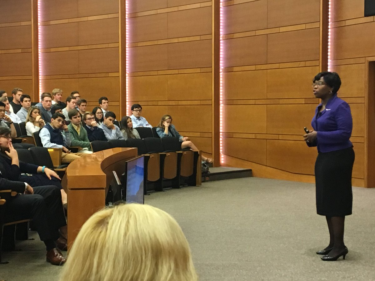 Accounting in the age of Innovation - @kellisontaylor delivers great advice to @WakeForestBiz students #accounting