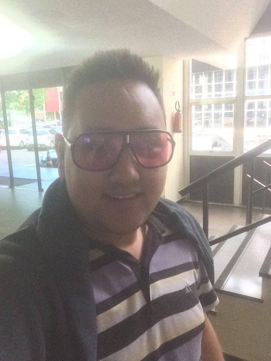 Óculos fashion de Xicão Tofani! https://...