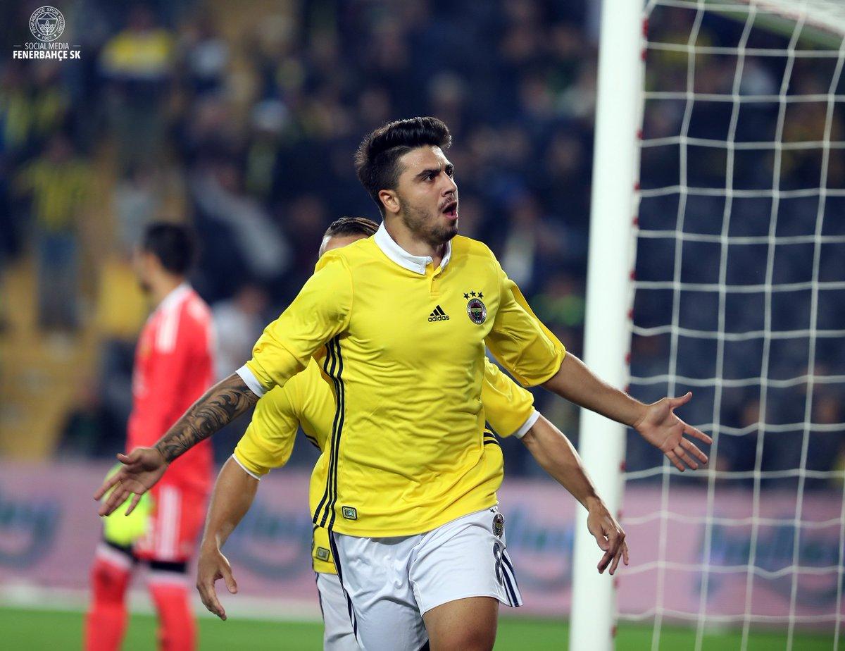 Günaydın Büyük #Fenerbahçe Ailesi! https://t.co/11KCSfK7Yx