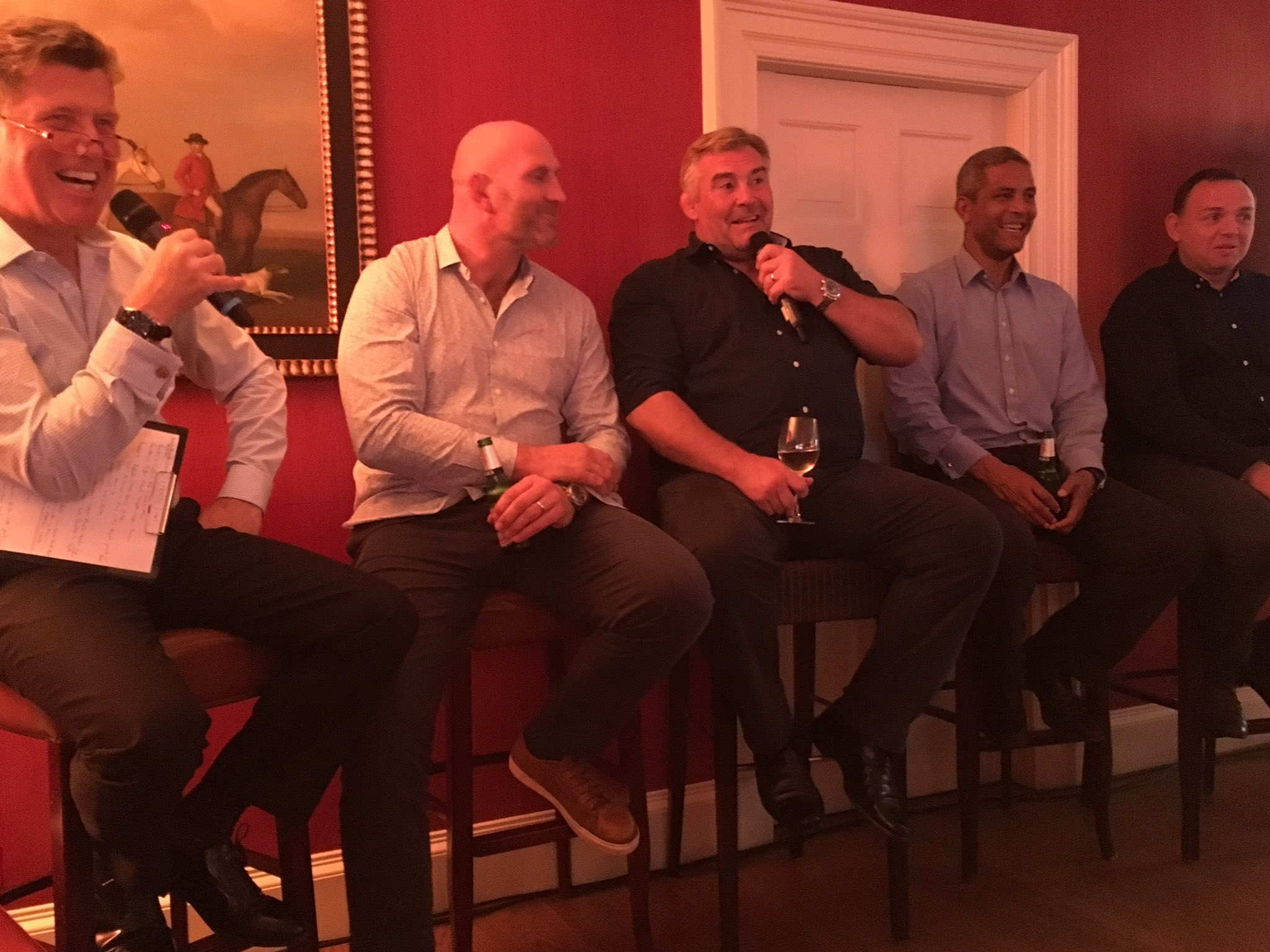 An incredible line up of rugby legends entertaining our golfers@@Archerfieldhse tonight, all in aid of #RugbyWorks https://t.co/krww16AXRg