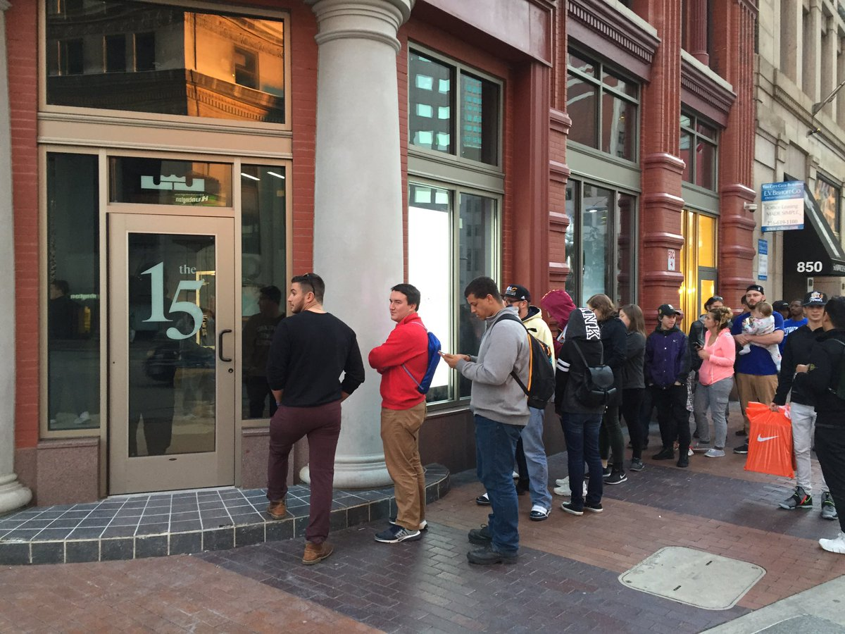 c16bbdfb90cb line outside pop up store in downtown cleveland right now for what i m told  is new