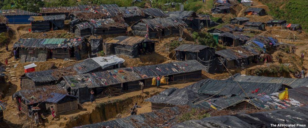 Wild elephants attack camp where Rohingya refugees were sleeping, killing woman & her three children in Bangladesh https://t.co/10LW3wrIYR
