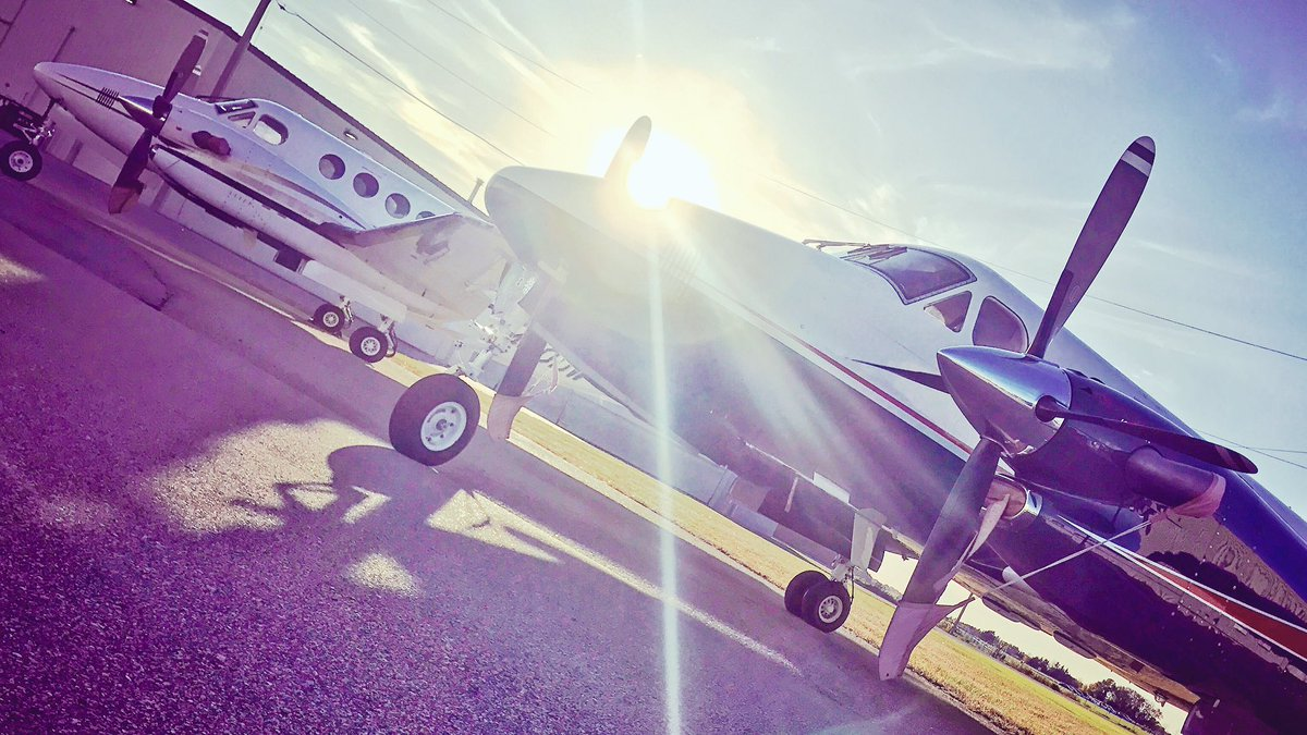 We know King Airs! Whether you&#39;re expanding your fleet or moving into a new aircraft, check our inventory for mission-ready planes. #kingair <br>http://pic.twitter.com/LmR6DtAtpl