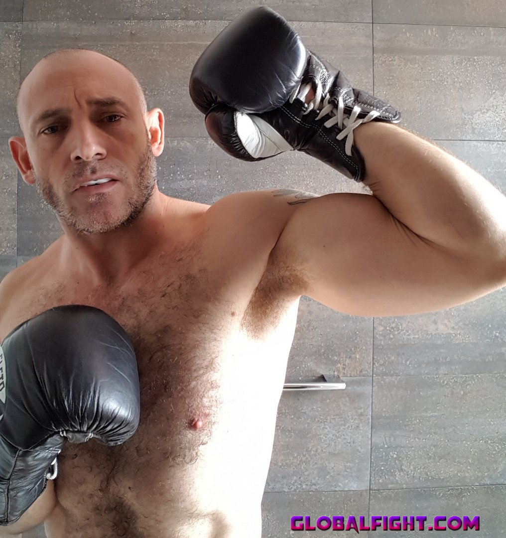 My fighting boxer pal from  http:// GLOBALFIGHT.com  &nbsp;   #boxer #man #backstage #ring #boxing #guy #hairychest #hunk #picture #profile #brother<br>http://pic.twitter.com/8urjfUpydH