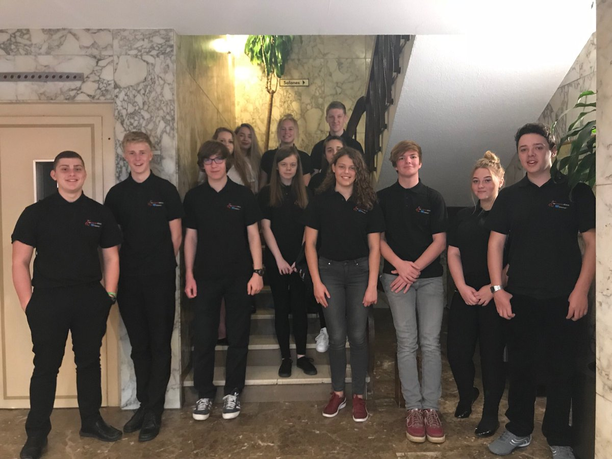 All up and ready to begin their first proper day of work experience in Alicante! #MFL #resilience