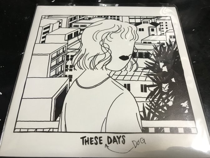 Ahh!  Folly Jet久々の単独盤「THESE DOG DAYS」のアナログ盤、本日やっと入手。たまらん。表題曲