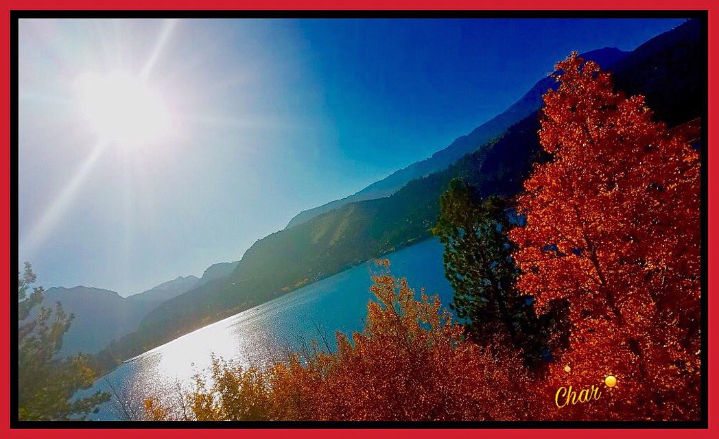 WISHING YOU ALL a beautiful new day!!  #HappyTuesday #JuneLake #California  #Autumn #Sunshine<br>http://pic.twitter.com/GtEiUQ45oH