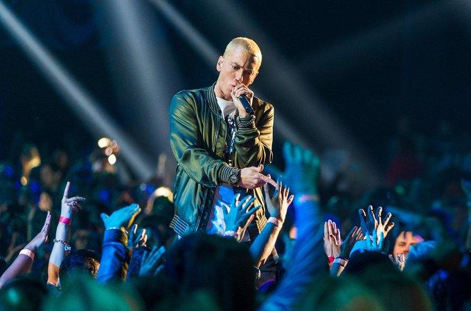 happy birthday Eminem ..best rapper to walk this earth !!!!!!!!!