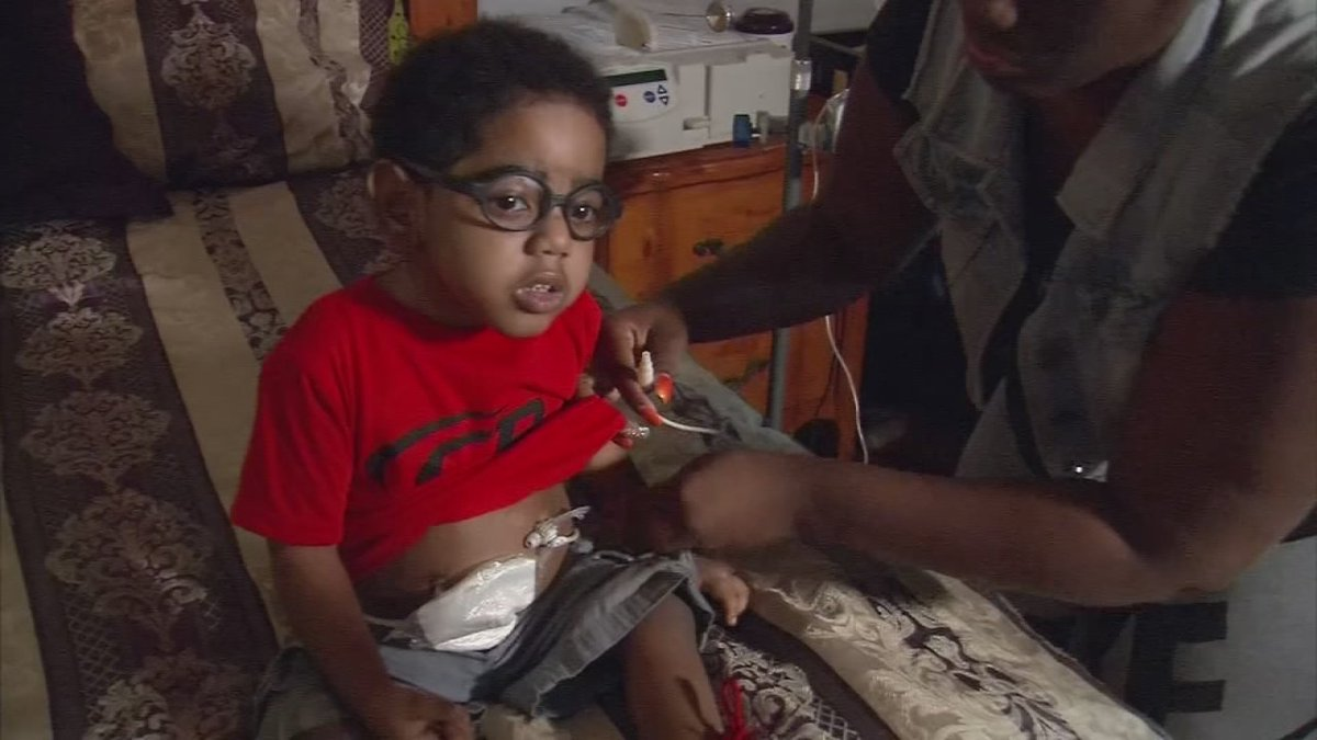 Man prevented from donating kidney to his 2-year-old son because of pa...