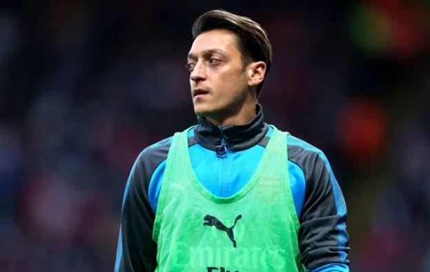 Mesut Ozil edging closer to January transfer away from Arsenal  @johncrossmirror https://t.co/bCKKS7zdmq