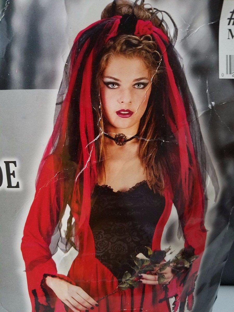 #RedDevil #bride #goth Child Girls Velvet #halloweencostume  http://www. ebay.com/itm/1323661527 16?ssPageName=STRK:MESELX:IT&amp;_trksid=p3984.m1555.l2649 &nbsp; … <br>http://pic.twitter.com/eCqPgdL7Fl