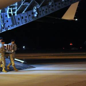 NY Times: Trump Falsely Claims Obama Didn't Contact Families of Fallen Troops... #Barack Obama #Mali  http:// rankstr.com/item/14790223/ tw &nbsp; … <br>http://pic.twitter.com/ZaoUmkFYVM