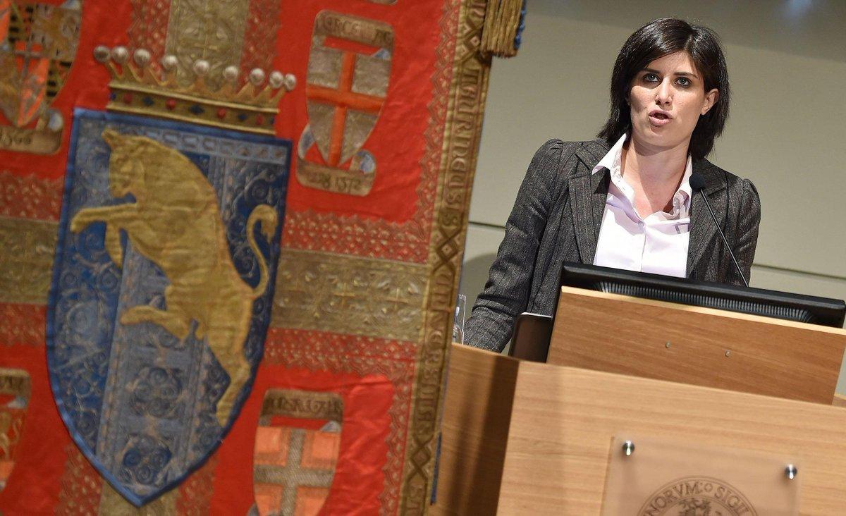++La sindaca di Torino, Chiara Appendino, è indagata dalla Procura di Torino per falso in relazione al bilancio 2016++