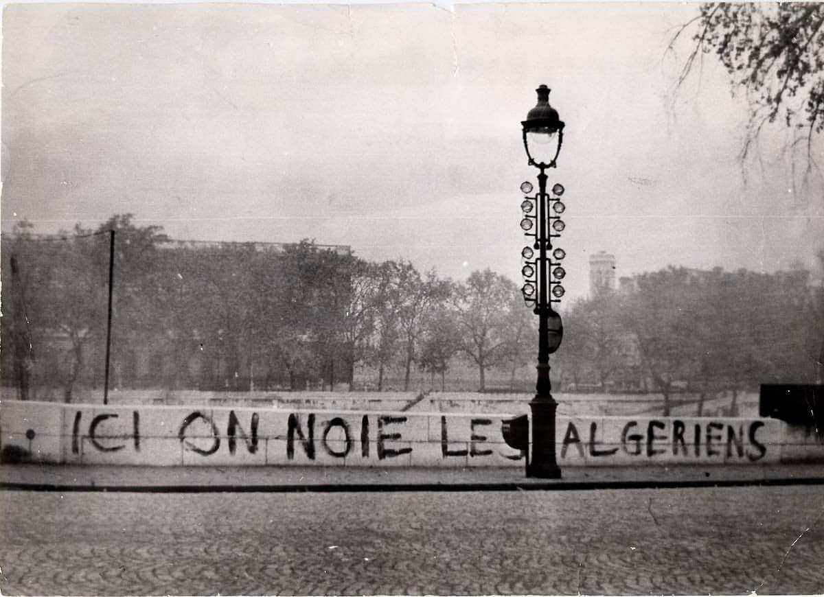 #France - On this day in 1961 more than 200 Algerians were killed by French police in #Paris during pro-independence demonstration. #Algeria <br>http://pic.twitter.com/5yHDy7zP6h