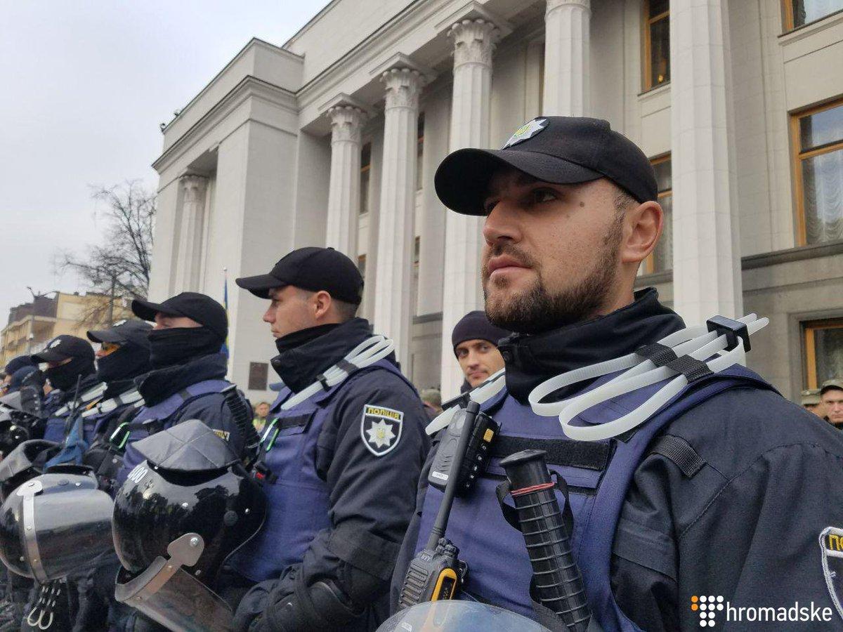 Порядок в центре Киева обеспечивают 3,5 тыс. правоохранителей, - МВД - Цензор.НЕТ 6719