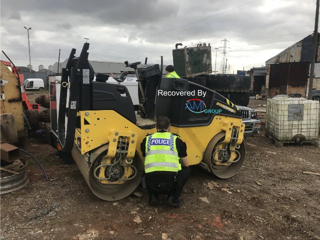 Tracking device leads to plant haul discovery  http://www. theconstructionindex.co.uk/news/view/trac king-device-leads-to-plant-haul-discovery &nbsp; …  #Tracking #Device #Plant #Haul #ConstructionUK<br>http://pic.twitter.com/d9THx9JLEv