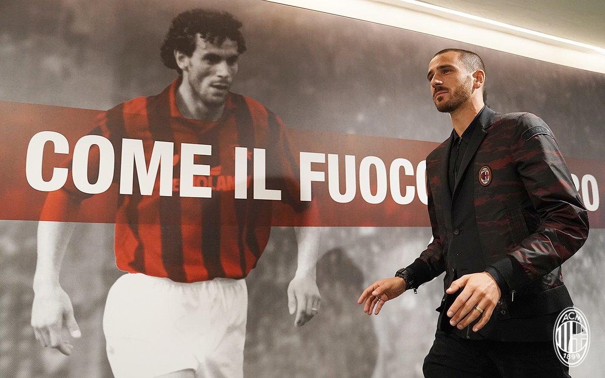 NEW POST: In Defense of Bonucci  http://www. milanobsession.com/2017/10/in-def ense-of-bonucci.html &nbsp; …  #Milan #Bonucci #Defense #Tactics #Scapegoat<br>http://pic.twitter.com/o0MiqKLilC
