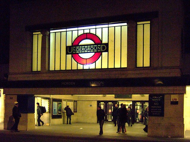London Underground drivers to be balloted on strike action https://t.co/FerE23YUKI