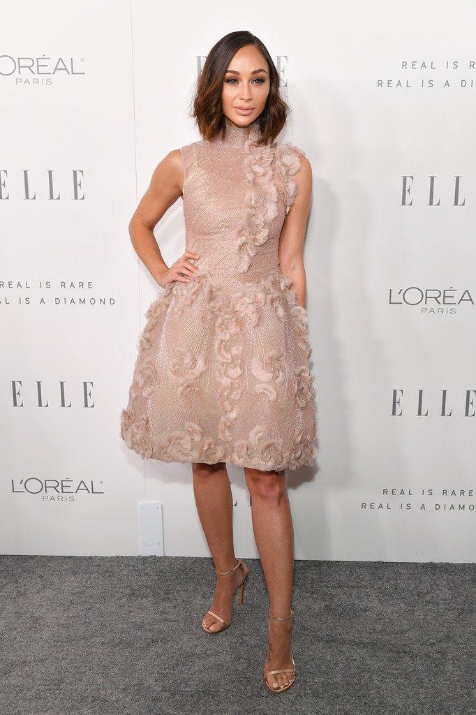 Cara Santana wore a #GeorgesChakra Fall 2016 Couture dress to Elle's annual #WomeninHollywood Celebration. #ELLEWIH https://t.co/0anxauJKuH