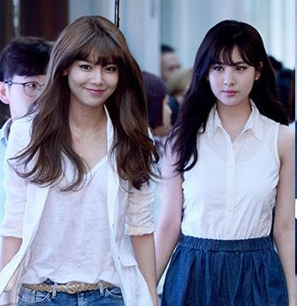 Throwback: SooSeo serving us looks at Tommy Hilfiger conferences [pic cr as shown] #sooyoung #seohyun #snsd #sooseo<br>http://pic.twitter.com/VWFZHe2DW3