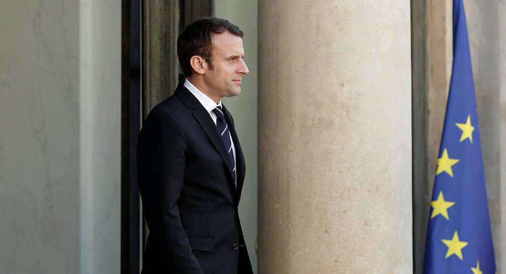 #Macron seeks to lead EU-Tehran diplomacy as the US is derailing #IranNuclearDeal  https:// sptnkne.ws/fGCu  &nbsp;  <br>http://pic.twitter.com/TOfXOliHcW