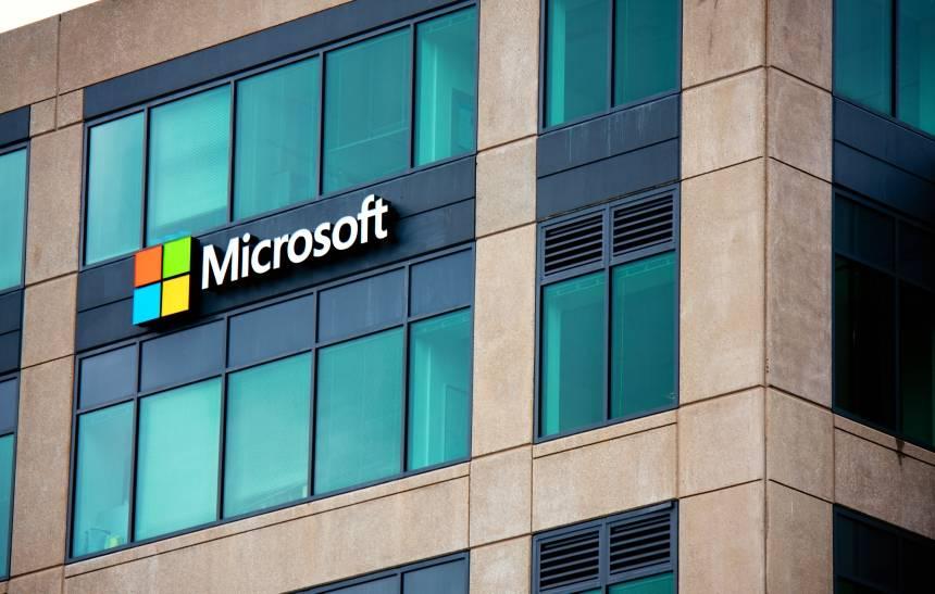 Microsoft teve seu diretório de brechas comprometido e não contou para ninguém https://t.co/GDnYDR0I3I
