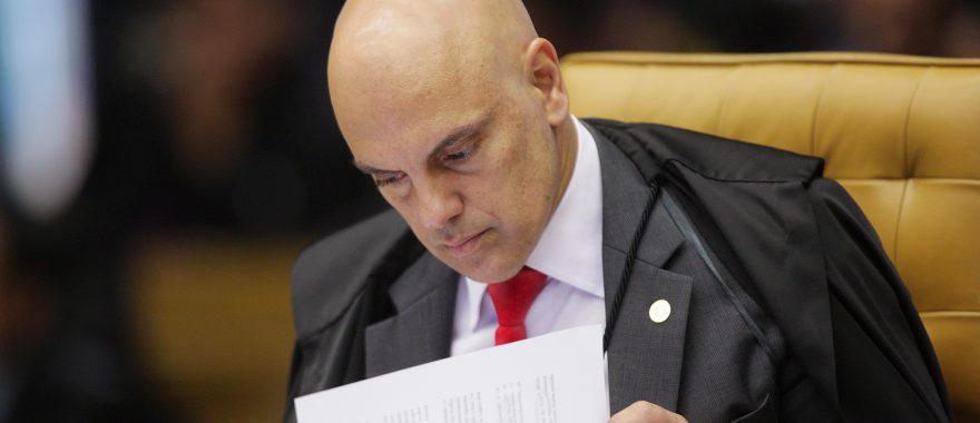 Alexandre de Moraes: parlamentares precisam prestar contas ao eleitor https://t.co/5f9Ls0PBOe