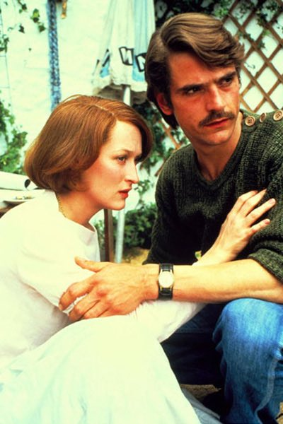 https:// youtu.be/_xvre43-Zr8  &nbsp;   The French Lieutenant&#39;s Woman 1981 Complex,Multi Layered,Remarkable  #MerylStreep  #JeremyIrons<br>http://pic.twitter.com/qFm9wnKh39