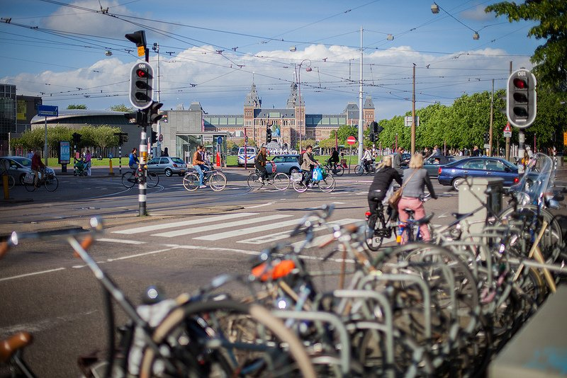 All cars with engines to be off Dutch roads by 2030, following 2025 sales ban https://t.co/o2lcBEDjL5 https://t.co/gHx8mzF1q0