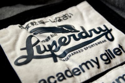 #Fashion retailer has a super idea to #promote worldwide #brand. #Superdry #SuperGroup Read more:  http:// bit.ly/2kW7l7k  &nbsp;  <br>http://pic.twitter.com/yr1dY82gfa
