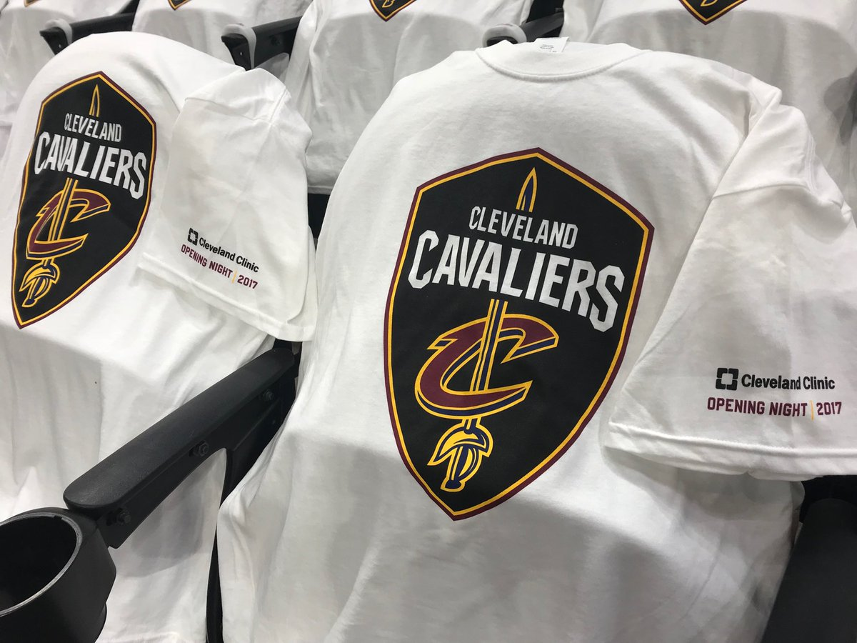 Thanks to our friends @ClevelandClinic for their support on @Cavs Opening Night! #NewYear #NewLookCavs #NewLogo<br>http://pic.twitter.com/BKVFaLUzkF