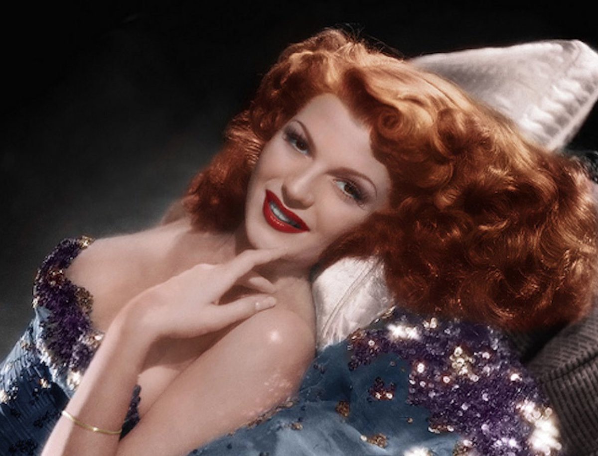 """#Music #Cinema #Dance &amp; #RedHair  """"Let&#39;s Stay Young Forever&quot; with  #NatiOggi Rita Hayworth  https:// youtu.be/hR4I-g7z-0c  &nbsp;   via @YouTube<br>http://pic.twitter.com/E2KMqGLdHQ"""