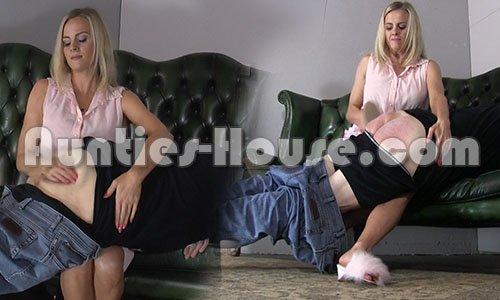 Cotton panties and pantyhose