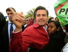 Por mujeres como estas.. nos cargó el payaso a todos los mexicanos!! #VotoFemenino https://t.co/vMed8xYi9V