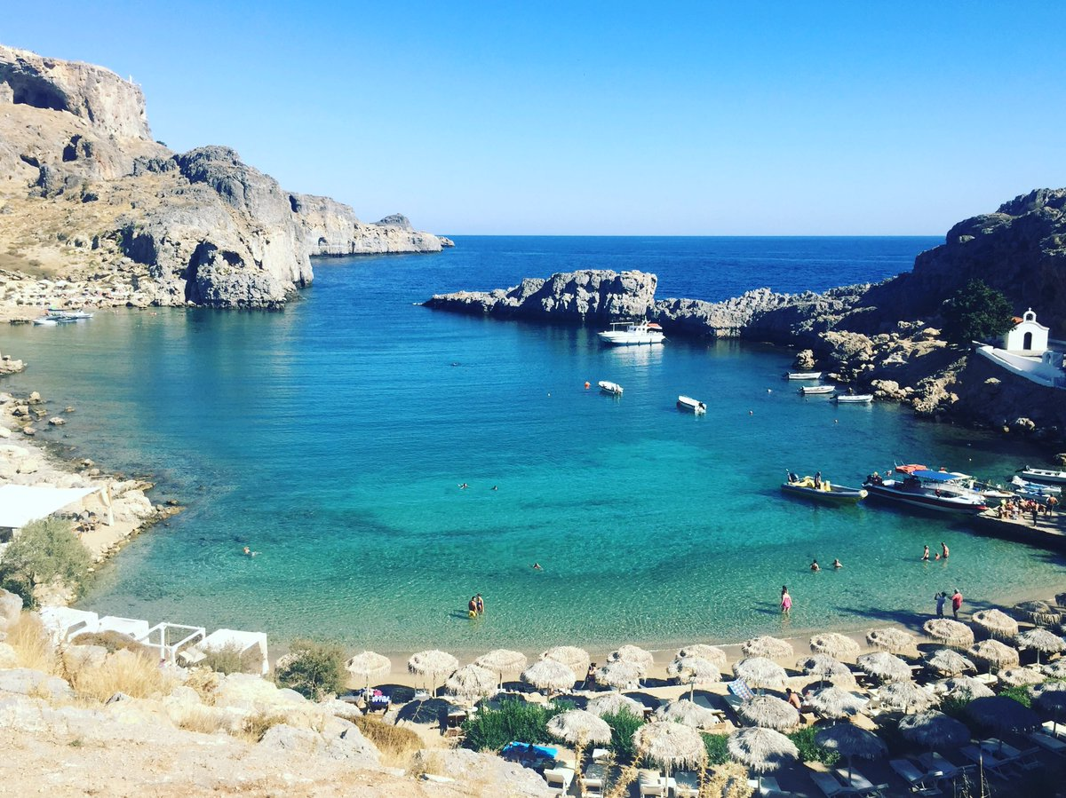 Feeling very lucky that this was my swimming pool for the day. #stpaulsbay #lindos #greece<br>http://pic.twitter.com/J09f0vt6sx