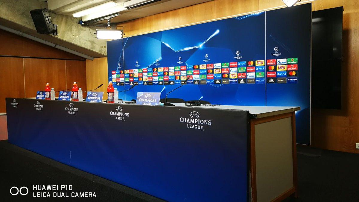 🏆 @ChampionsLeague  🔜 Conferência de imprensa do #SLBMUFC 🎙 Rui Vitória e um jogador 🕖 19:00 📺 BTV e Facebook #HuaweiP10