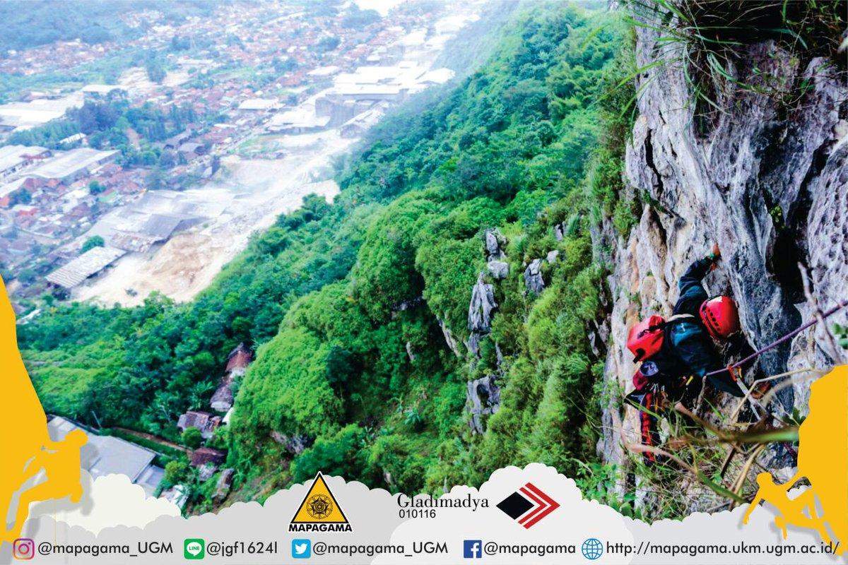 Mapagama V Twitter Dokumentasi Gladimadya Sajan16 Divisi Climbing Anggota Muda Gladimula Xxxii Melakukan Pemanjatan Di Tebing Citatah 125 See Other Photos Https T Co E2kqijvbfu